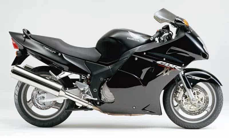 หรือนกดำจะกลับมาอีกครั้ง!! เปิดภาพแฟริ่งพร้อมปีก 8 ชิ้น Honda Super Blackbird CBR1100XX | MOTOWISH 3