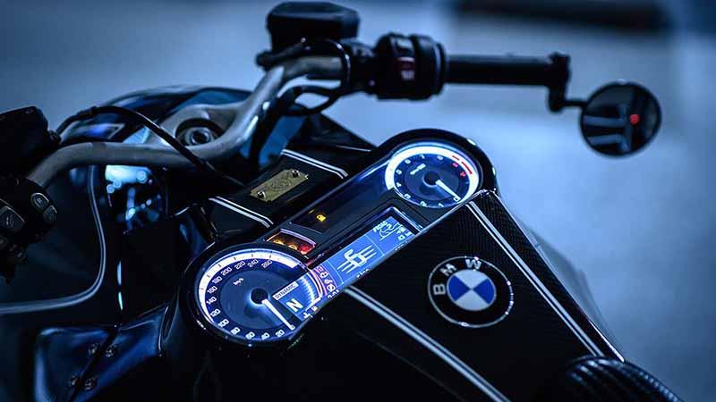 "Custom Works Zon อู่ชื่อดังฝั่งญี่ปุ่น แปลงโฉมหนุ่มยุโรป BMW K1600 B เป็น ""อีกาล่องหน"" | MOTOWISH 2"