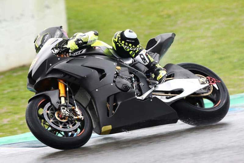 เผยโฉมแล้ว Honda CBR1000RR-R ตัวแข่ง World Superbike แรงขึ้นแท่นทดสอบวันแรกที่สเปน | MOTOWISH 1