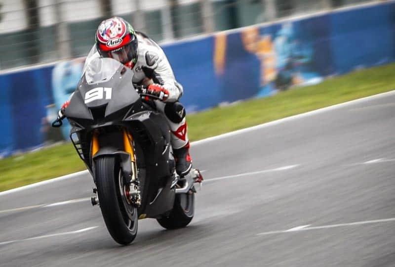 เผยโฉมแล้ว Honda CBR1000RR-R ตัวแข่ง World Superbike แรงขึ้นแท่นทดสอบวันแรกที่สเปน | MOTOWISH 2