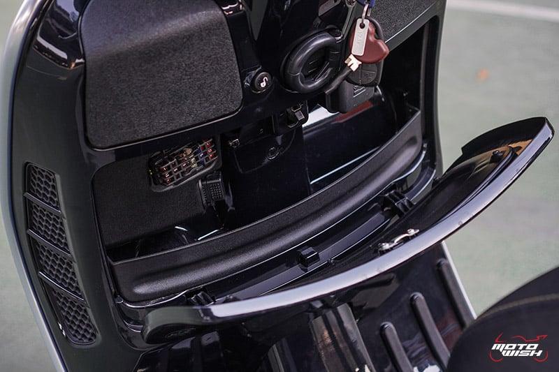 รีวิว VESPA GTS SUPER TECH 300 ABS เครื่องยนต์ทรงสมรรถนะ ผสานเทคโนโลยีสุดล้ำ พร้อมตอบโจทย์ไลฟ์สไตล์คนรุ่นใหม่   MOTOWISH 33