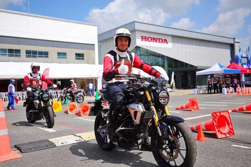 เอ.พี. ฮอนด้า ประกาศผลการแข่งขันทักษะขับขี่ปลอดภัย เจ้าหน้าที่ตำรวจระดับประเทศ ครั้งที่ 3 | MOTOWISH 3