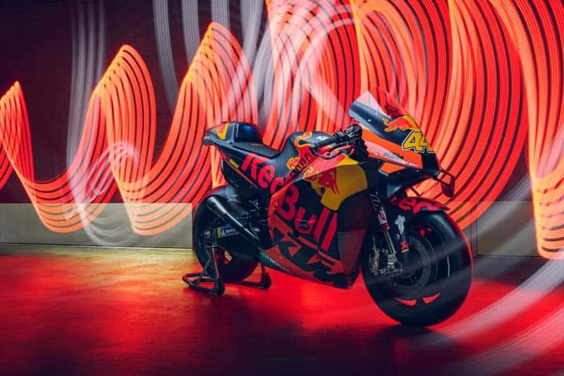 KTM และ Tech 3 เปิดตัวทีมแข่งโมโตจีพี ฤดูกาล 2020 เรียบง่ายผ่านโซเชียลมีเดีย | MOTOWISH 1