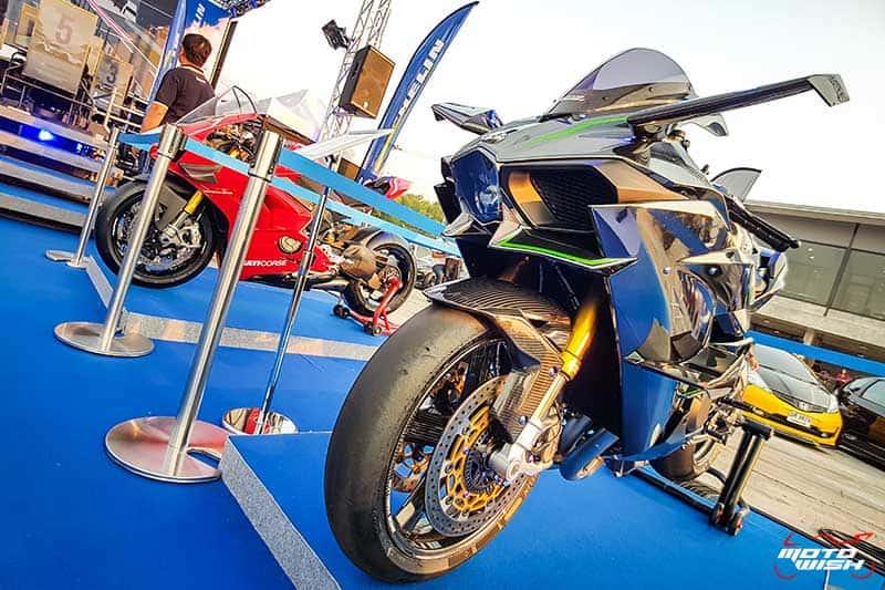 มิชลิน พาวเวอร์ สลิค อีโว ยางสำหรับการขี่แบบแทร็กเดย์โดยเฉพาะ เทคโนโลยีจากรถแข่ง MotoGP | MOTOWISH 2