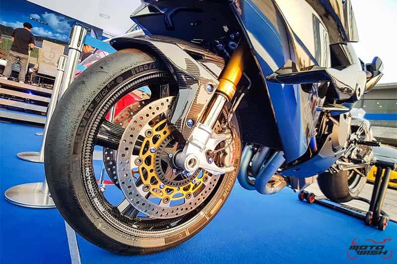มิชลิน พาวเวอร์ สลิค อีโว ยางสำหรับการขี่แบบแทร็กเดย์โดยเฉพาะ เทคโนโลยีจากรถแข่ง MotoGP | MOTOWISH 11