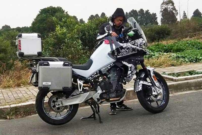 CF-Moto-adventure-790-cc