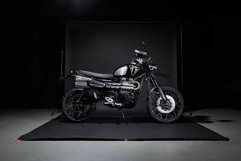 2020-Triumph-Scrambler-1200-Bond-Edition-1