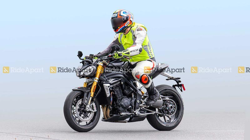 spy-shot-triumph-speed-triple-1160