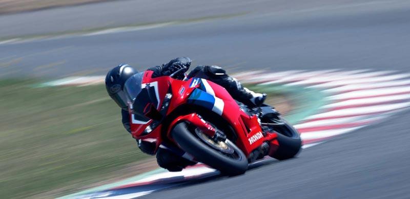 2021-Honda-CBR600RR-4