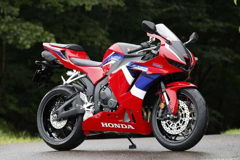Honda-CBR600RR-2021-1