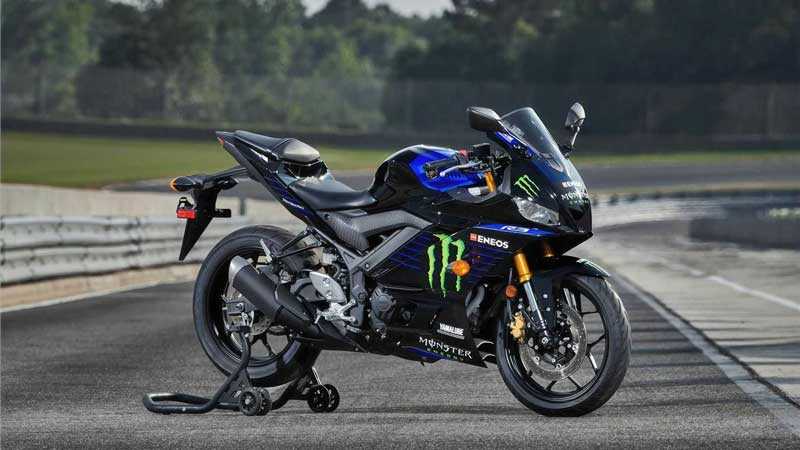 2021-yamaha-yzf-r3-monster-energy-motogp-edition-right-side-track