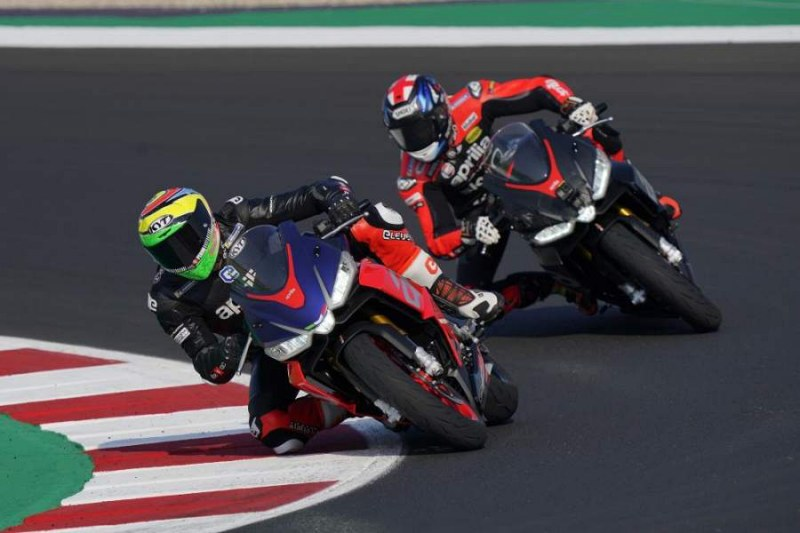 Aprilia RS600 MotoGP rider test -1