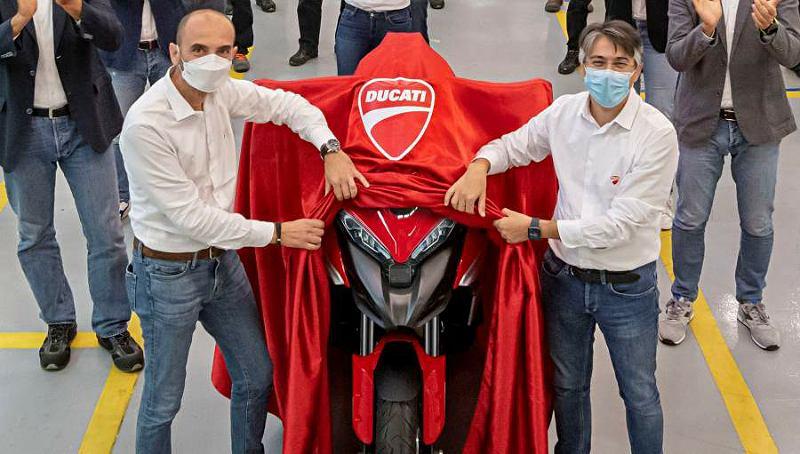 Ducati Plan 2021 bike-1