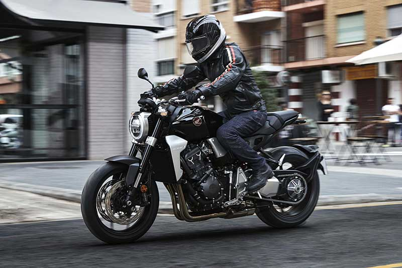 เปิดตัว All New Honda CB1000R 2018 เมื่อสุดยอดงานศิลป์ รวมกับจิตวิญญาณของ Cafe Racer | MOTOWISH 124