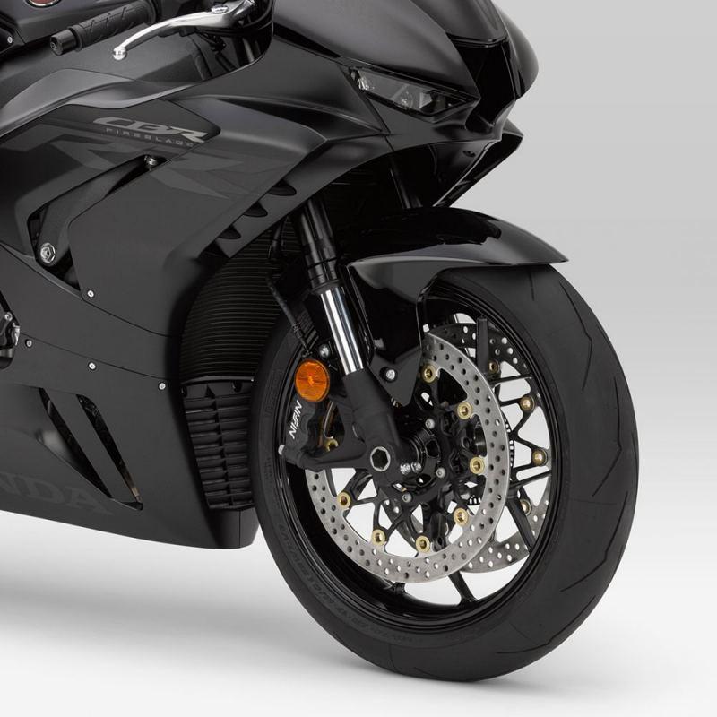 Honda-CBR1000RR-R-2021-3