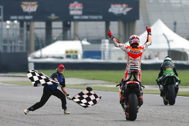 _finish flag motogp