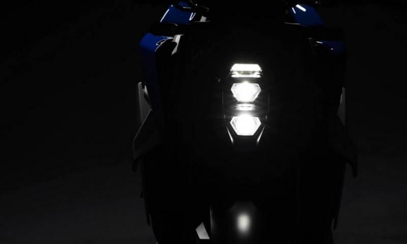 _2021 Suzuki GSX-S1000-1
