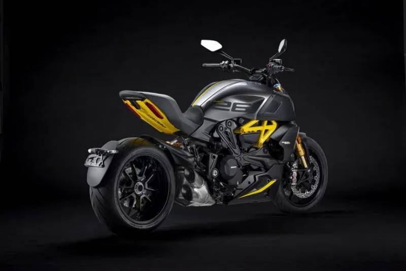 2022 Ducati Diavel Black Steel-4