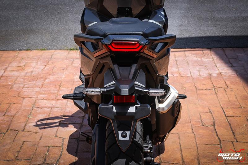 Review-Honda-New-XADV750-2021-Back LED