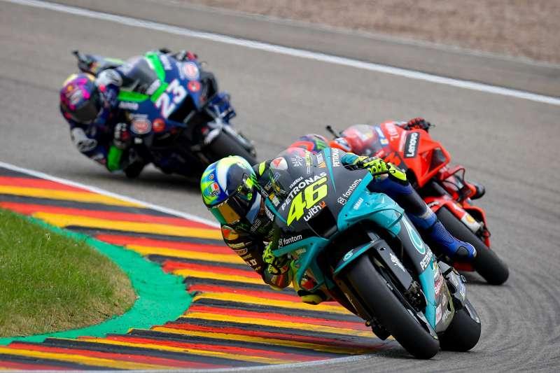 _Valentino Rossi MotoGP-4