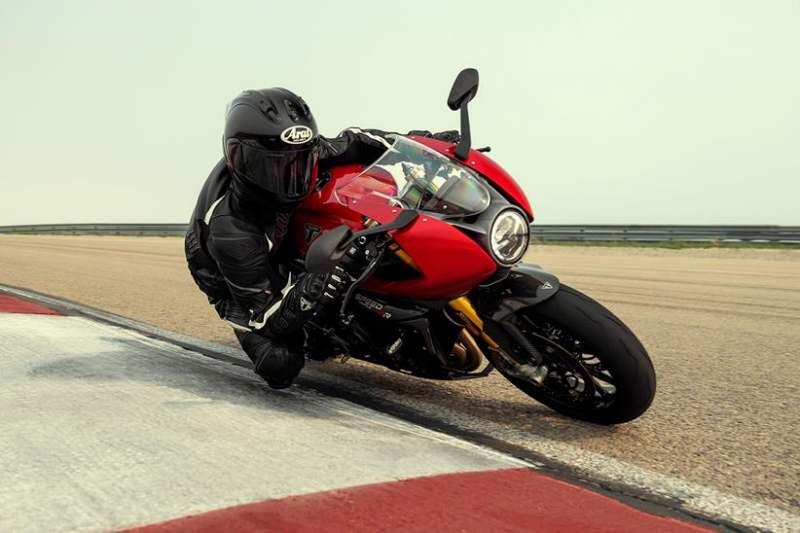 _Triumph-Speed-Triple-1200-RR-ภ
